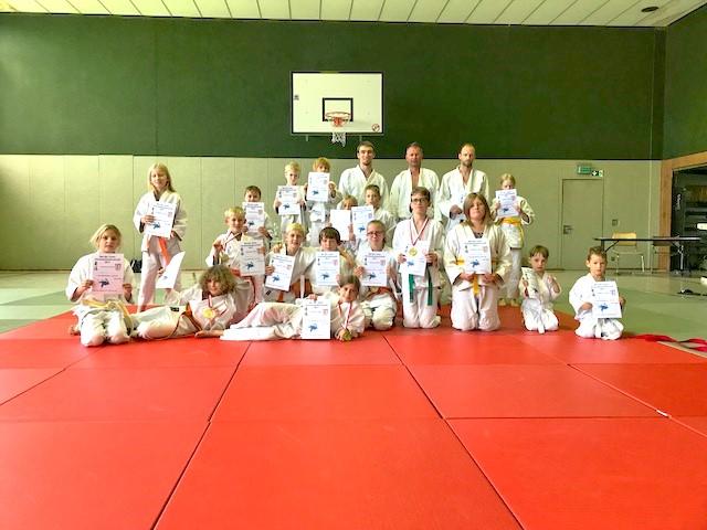 erfolgreiche Judoka bei Meisterschaften