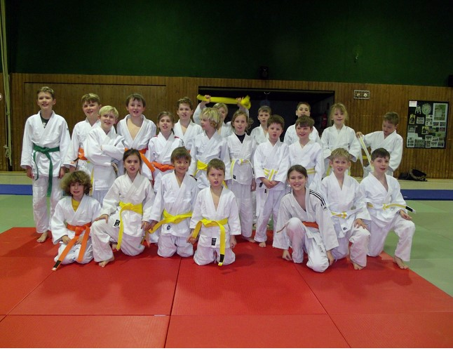 Neue Gürtelfarben beleben das Bild der Judoabteilung